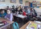 Dzielnicy radził dzieciom jak bezpiecznie spędzić ferie_2
